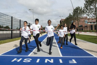 Oasis Students at Finish Line