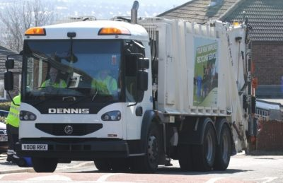 Waste collection lorry