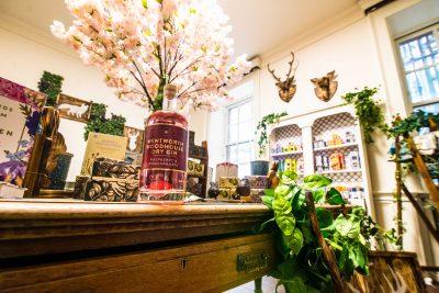 Wentworth shop - gin_DSC4135