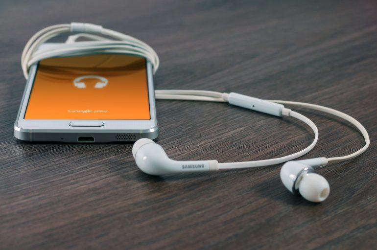 earbuds-earphones-google-play-music-39592
