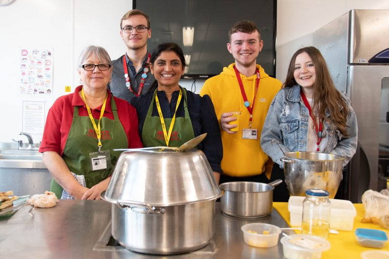 Barnsley College students making curry with Ma-Ba Cutlery Works restaurant_
